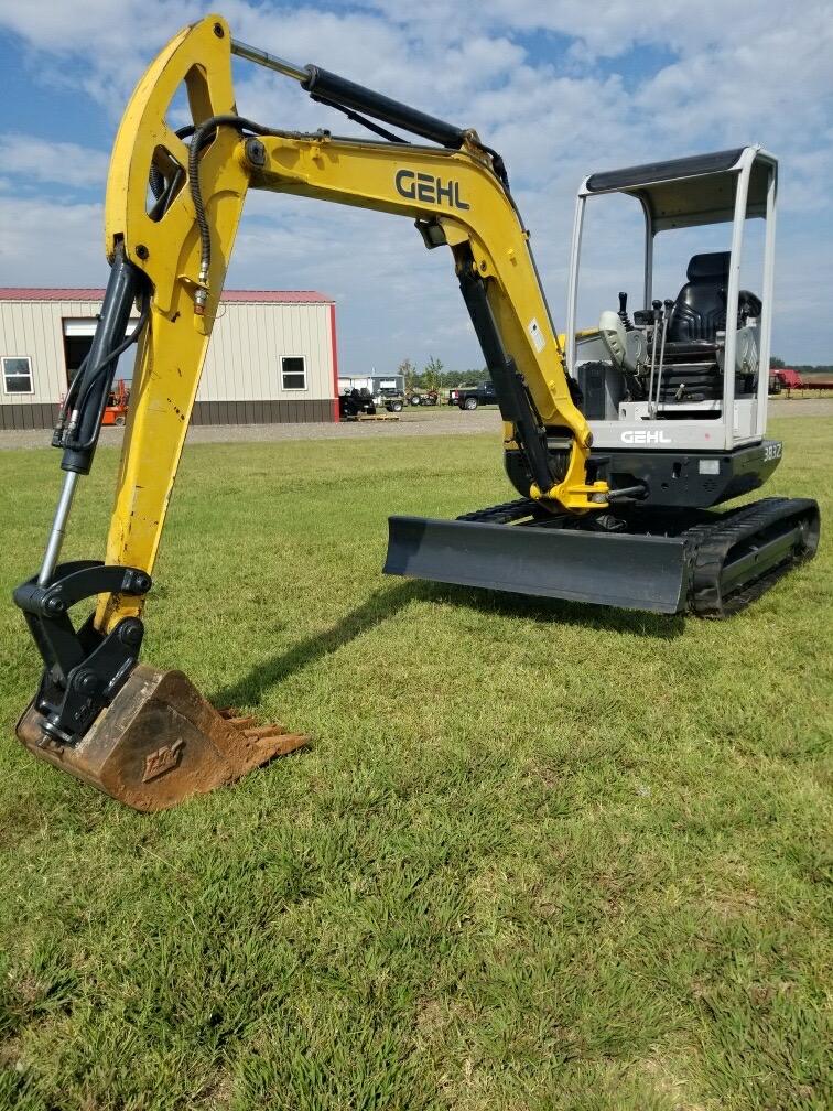 Gehl 383z Excavator for Rent