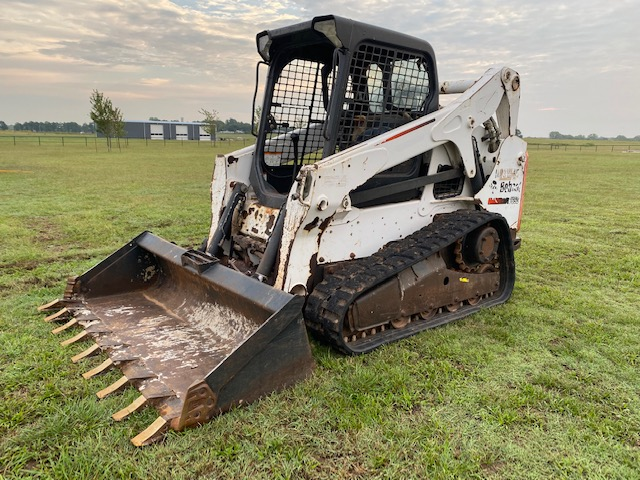 2013 Bobcat T650 Skidsteer Loader Track Machine - $28,500