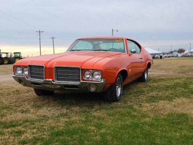 1971 Oldsmobile Cutlass - $20,500