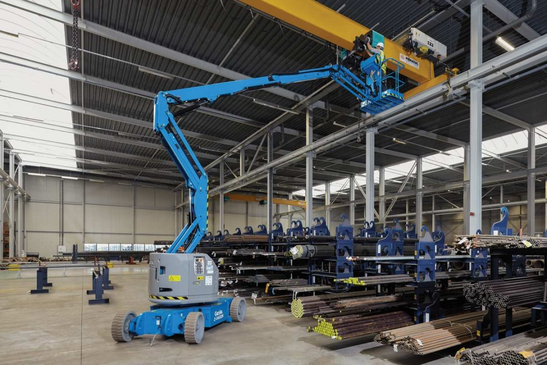 Genie Z34/22 Articulated Boom Lift for rent!