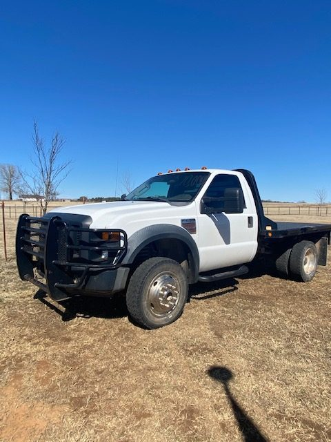 2008 Ford F450 Flatbed diesel truck for sale!