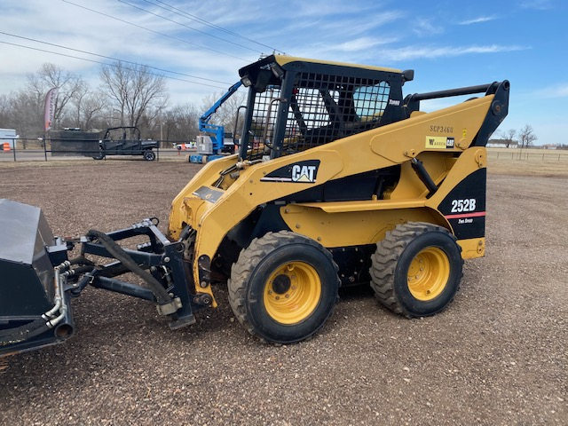 2006 Caterpillar 252B Skidsteer for sale! - $19,500