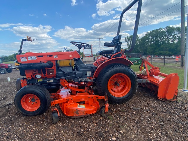 Kubota B7100 HST Tractor w/ Tiller Mower for sale!